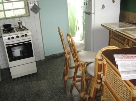Ramiros House: Kitchen/Dining View