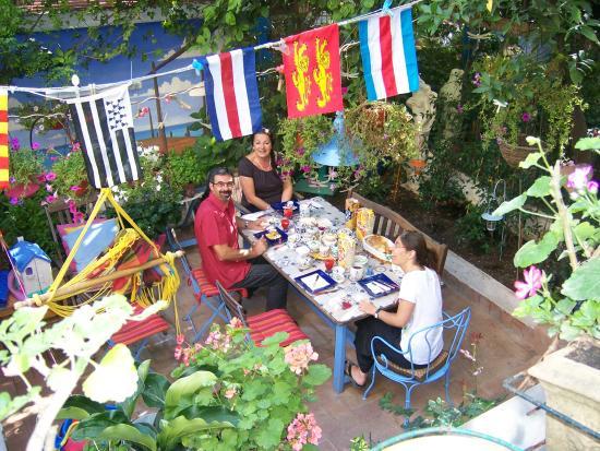 Cafe Couette au Colisee: Petit déjeuner