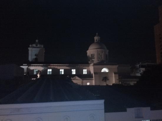 Casa de Leda - a Kali Hotel: catedral desde terraza