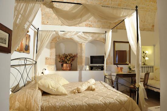 Camere Matrimoniali Shabby Chic : La camera matrimoniale zagara in stile shabby chic foto di