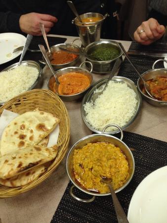 Raj Darbar: Portata principale.. Pollo e vegetariano!