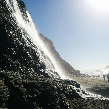 Alamere Falls : View from the beach