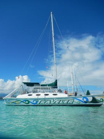 Traveler Catamaran