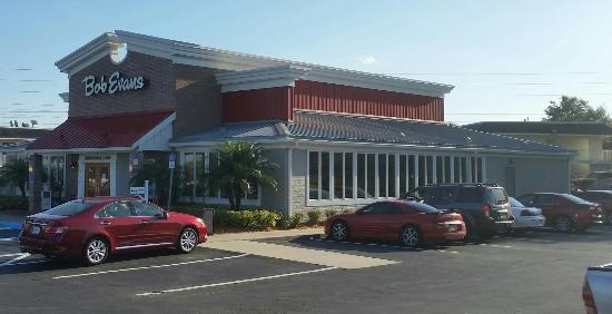 Bob Evans Exterior From Parking Lot Restaurant In Lakeland Fl Just Off I 4