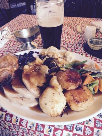 Delabole, UK: Sunday Roast £6.50 !