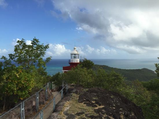 Le Domaine Saint Aubin : Le phare presqu'île de la caravelle