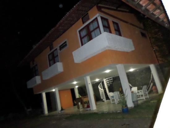 Pousada Beira Mar : Apartamentos e área de jogos