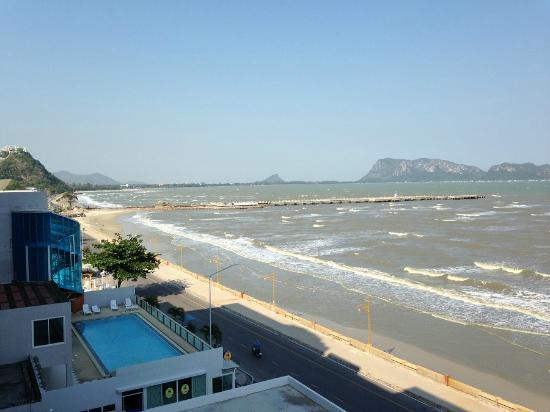 Hadthong Hotel: Balconyからの眺め