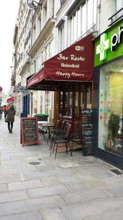 Le Café des Faussaires