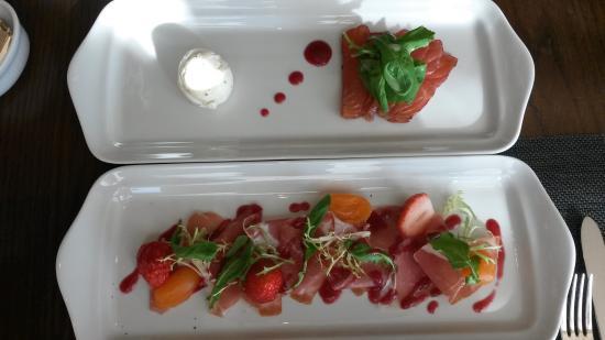 Park Hyatt Busan: Special strawberry starters