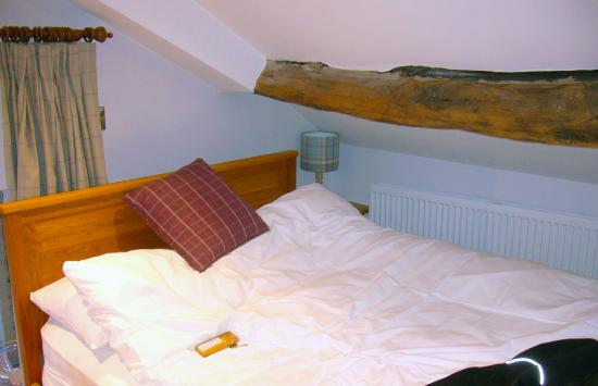 The Rooms at the Nook: dont sleep on the left and get up quick
