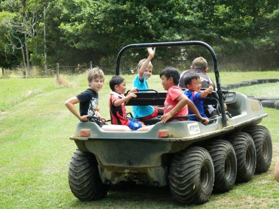Combat Zone Paintball and Fun Park : Argo ride