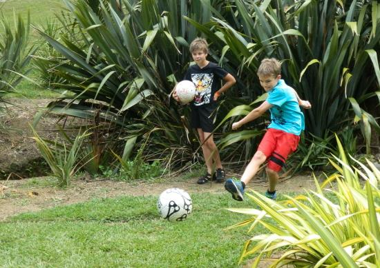 Combat Zone Paintball and Fun Park : Soccer Golf