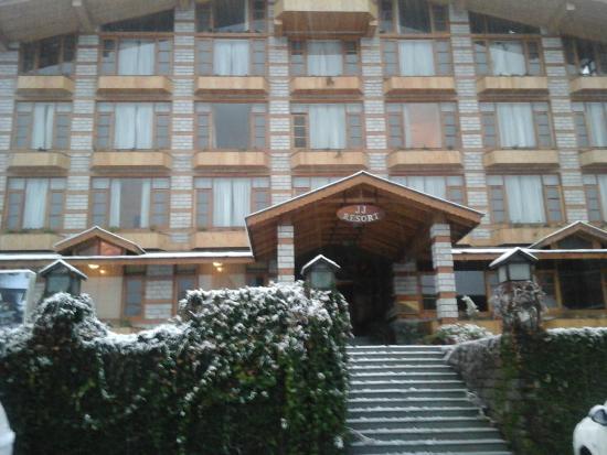 JJ Resort: Hotel & grounds