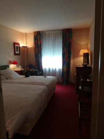 Hostellerie Saint-Antoine : Bedroom