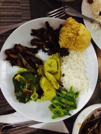 Handagedara Resort: Fine dining