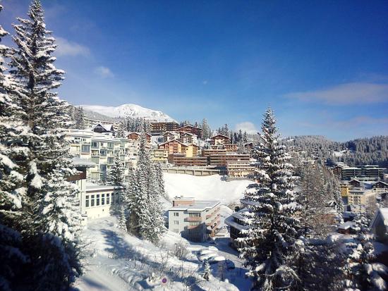Sunstar Alpine Hotel Arosa: 4th Floor Single room view ovr the village