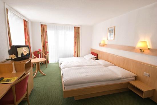 familienzimmer - picture of gornergrat dorf hotel, zermatt, Hause deko
