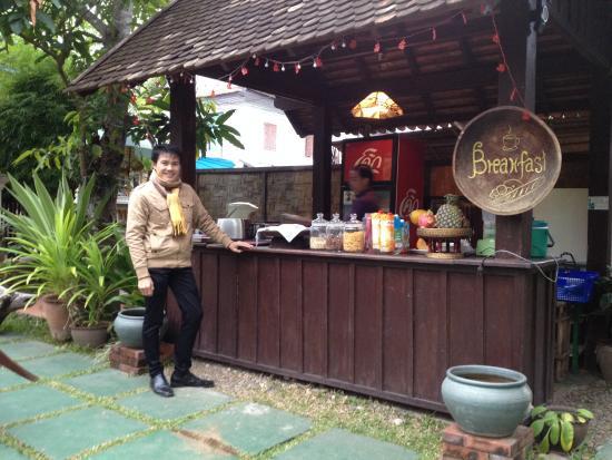 Luang Prabang Residence : Morning market