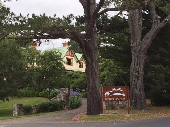 Franklin Manor : old world
