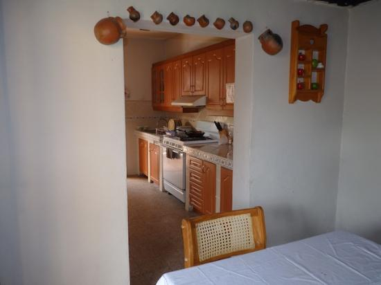 Hotel Los Encuentros: Kitchen (also for guest's use!)