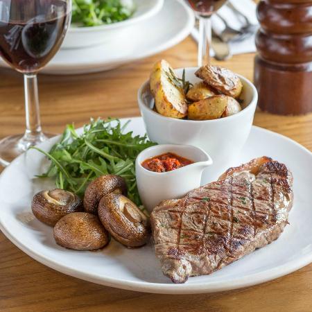 Bella Italia Wellington Street: Steak!