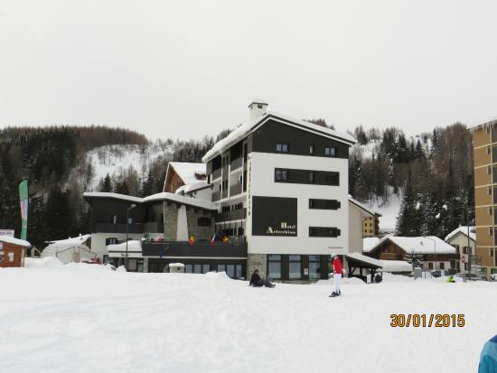 Hotel Arlecchino: vista dall'esterno