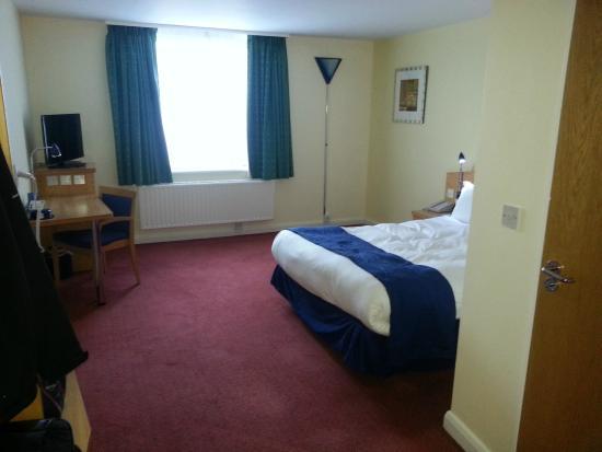 Holiday Inn Express Bradford City Centre: Room