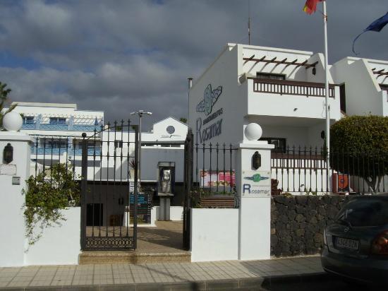 Rosamar Apartments: entrata