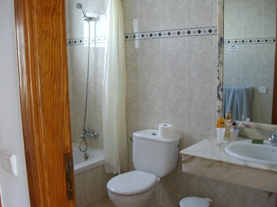 Rosamar Apartments: bagno