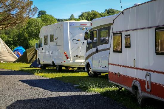 Onsakervika Camping: Oppstillingsplasser