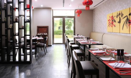 Hawthorn Suites by Wyndham Dubai, Jbr : Pan Asia Asian Fusion Restaurant