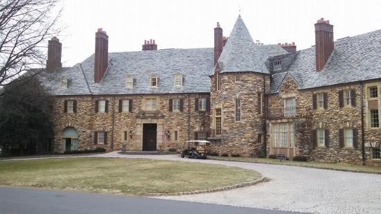 Graylyn Estate: outside the main house