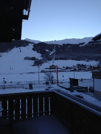 Hotel Alaska: Вид с балкона