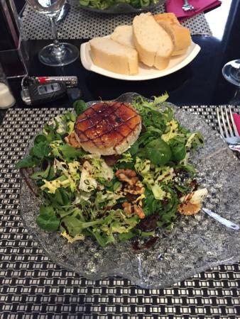 Restaurante Picabea: Ensalada de queso de Cabra