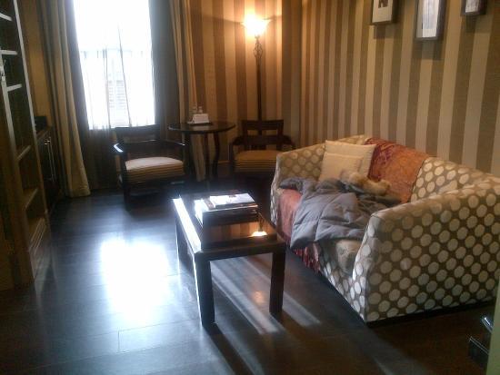 Baglioni Hotel London: room 402