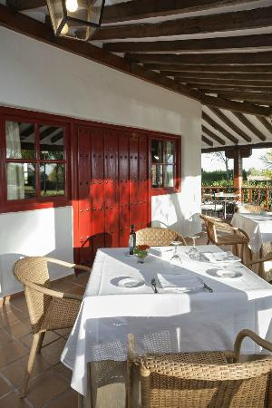 Restaurante parador de albacete en albacete con cocina - Cocinas en albacete ...