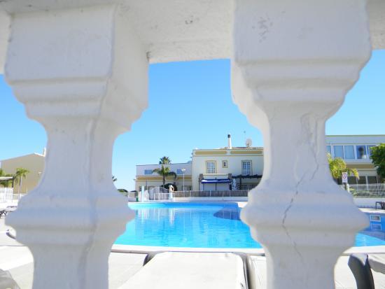 Ponta Grande Resort: Blick auf den Pool