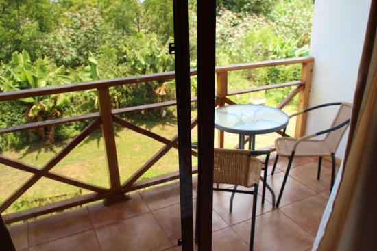 Tea Nui - Cabanas y Habitaciones: Балкон