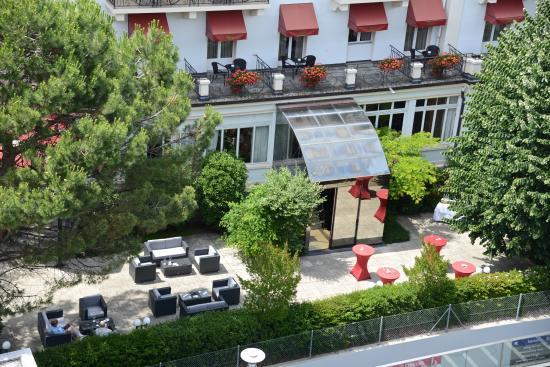 Carlton Lausanne Boutique Hotel : Côté Terrasse - Restaurant