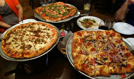 Russo's New York Pizzera