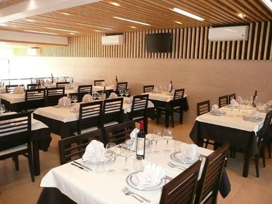 Restaurant Chez Daniel's main room