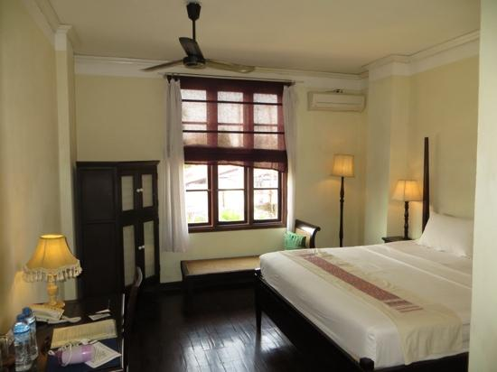 Hotel Khamvongsa: Room 205