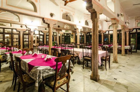 Hotel Diggi Palace –Baradari Mahal