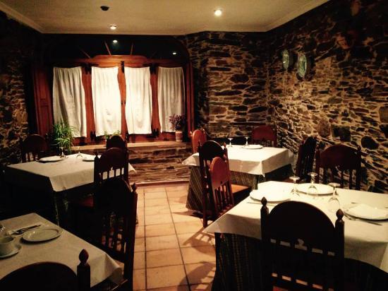 BENAXO - Casa de Turismo Rural: The charming dining area