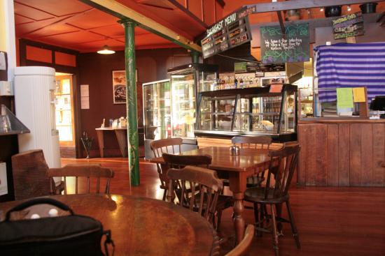The Wholemeal Café: The cafe