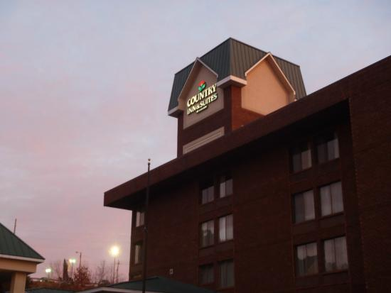 Country Inn & Suites By Carlson, Atlanta Northwest at SunTrust Park: Country Inn & Suites!