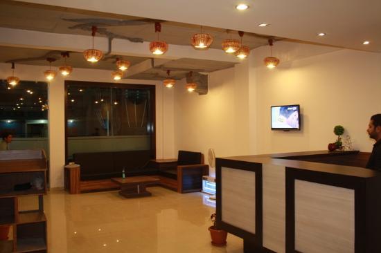 Hotel The Leaf: Lobby