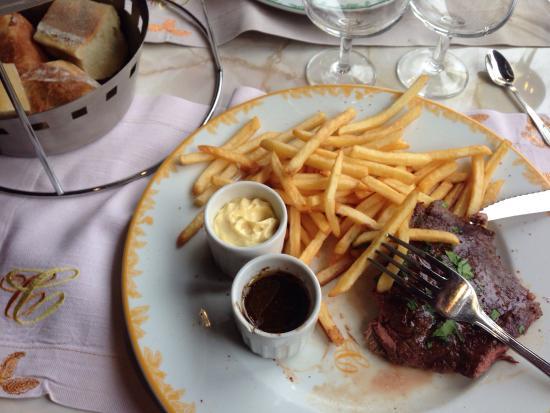 Chez Clement Montparnasse: Классический стейк