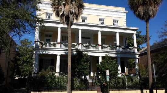 Front of Jasmine House Inn